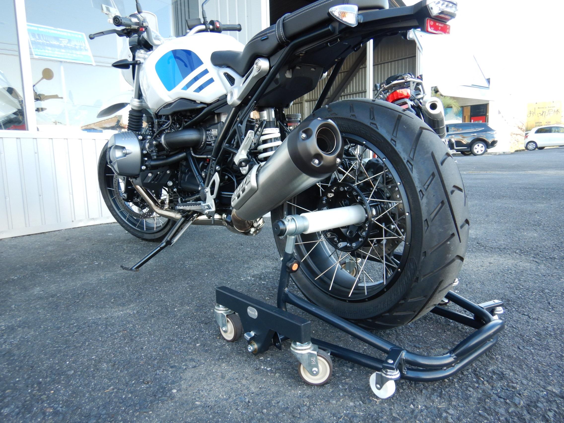 BMW用バイクスタンド